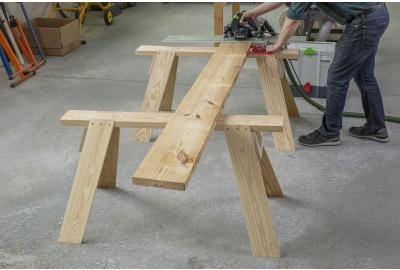 Compound Angles Produce a Strong, Stable Saw Horse